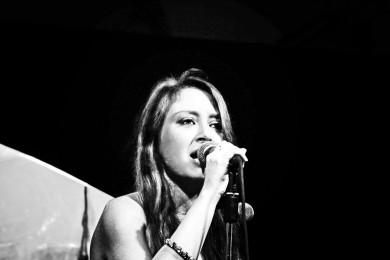 Amelie Live@MEI 2012 390x260 Awards